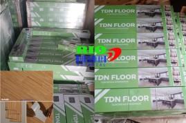 Công ty phân phối sàn nhựa tự dán/bóc dán/ tự dính uy tín tại Hà Nội, TPHCM