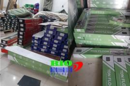Nguồn hàng buôn sỉ sàn nhựa vân gỗ bóc dán/tự dán/tự dính tại Hà Nội, TPHCM