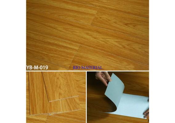 Mẫu sàn nhựa bóc dán vân gỗ 19